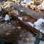 На кладбище в Калужской области дважды за два дня выкопали гроб с телом умершего мужчины