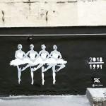 Художники из Петербурга сделали граффити, приуроченные к инаугурации президента Путина