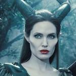 В сети появился первый постер фильма «Малефисента 2″ с Анджелиной Джоли