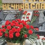 На оккупированном Крыме русские вандалы разбили памятник с именами погибших во ВМВ крымских татар